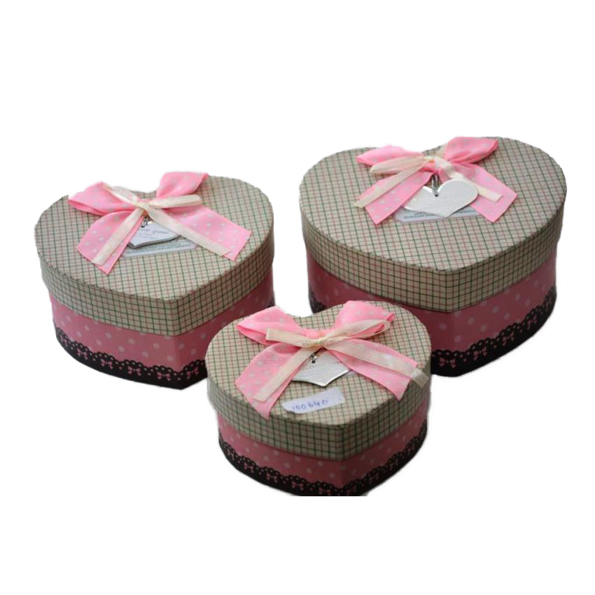 Pink Heart Shape Gift Box  3 Pieces large 1
