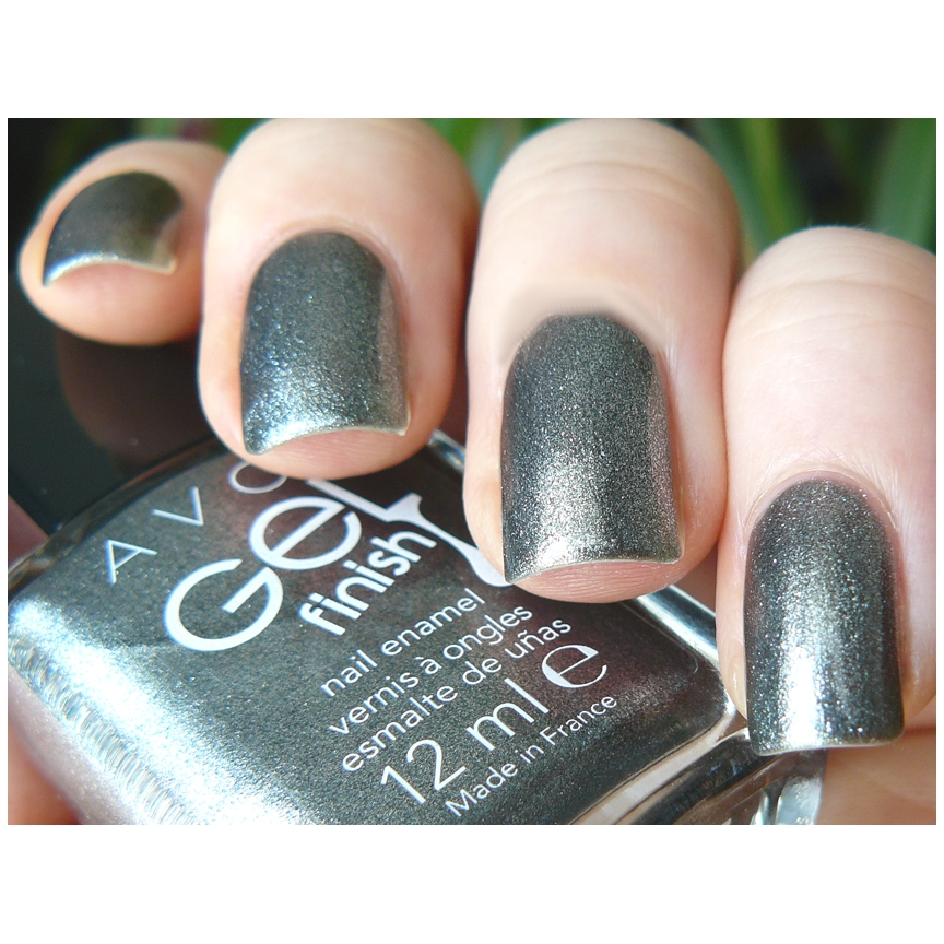 Gel Finish Nail Enamel Sterling Avon 109 large 1