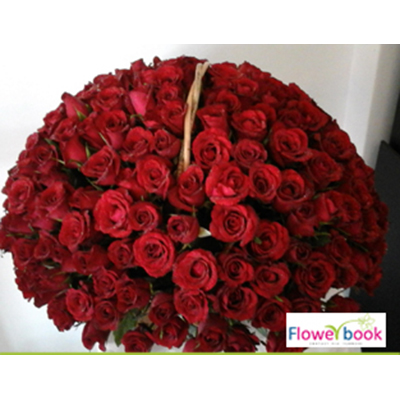 200 Red Roses Arrangement RM012 large 1