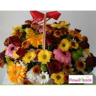 Mix colour gerberas 15 nos and red roses 15 nos in a flower arrangement TH005
