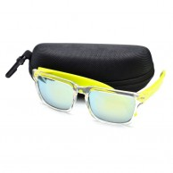 Green Shaded Casual Mens Sunglasses With Pouch