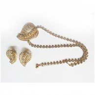 Beautiful Filigree Leaf Design Gold Tone Necklace and Earrings Set With Rhinestones